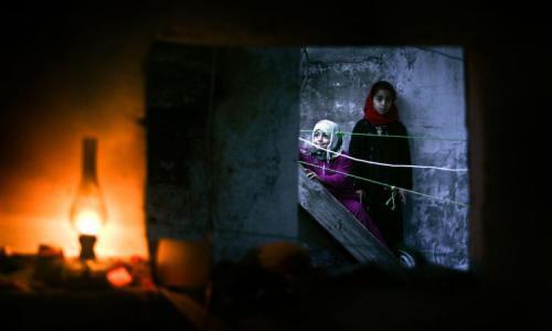 صحيفة أمريكية: الاكتئاب يقتل سكان غزة بعد حصارهم الطويل والحروب
