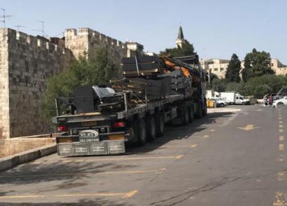 شرطة الاحتلال تستعد لوضع منصات أمنية جديدة في باب العامود