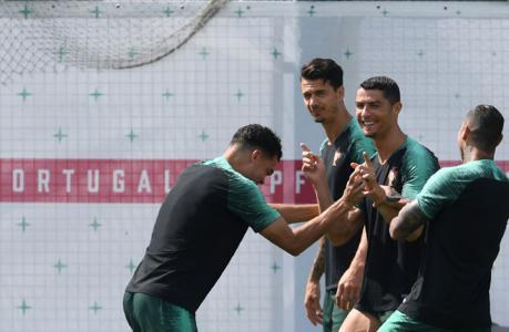 """رونالدو يسجل هدفا """"مذهلا"""" في التدريبات (فيديو)"""