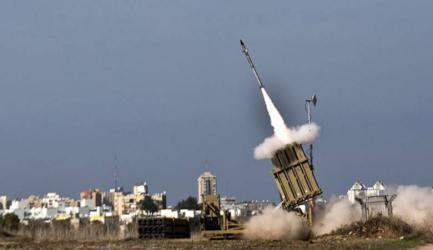"""رئيس بلدية بغلاف غزة يعترف بفشل """"القبة الحديدية"""" في اعتراض الصواريخ"""