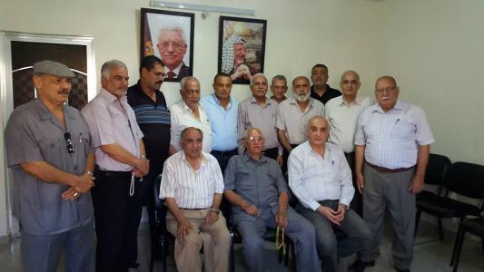 المتقاعدون العسكريون يلتقون د. عاطف ابو سيف عضو المجلس الوطني بغزة