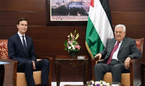 """كوشنير لـ """"أبومازن"""": ارفع العقوبات عن غزة والا ستكون العواقب وخيمة"""