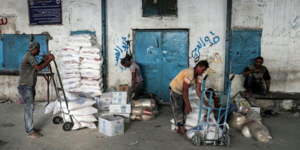 اتحاد موظفي الأونروا في غزة يوجه رسائل لإدارة وكالة الغوث