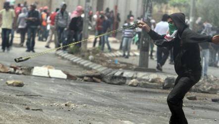 رام الله.. 3 إصابات بمخيم الجلزون