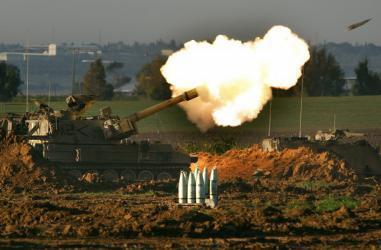 في خرق للتهدئة.. مدفعية الاحتلال تقصف نقطة رصد للمقاومة شرقي مدينة غزة
