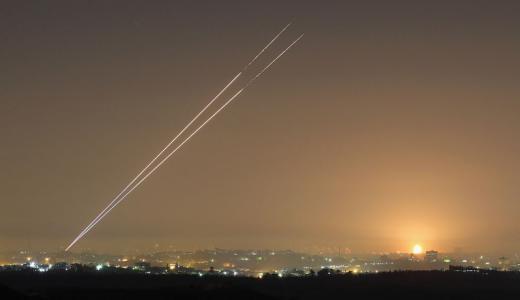 """صحيفة عبرية: """"يجب أن نقدم التحية لغزة"""""""
