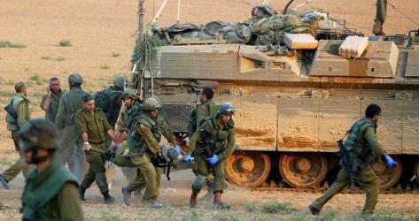 الاحتلال يزعم: إصابة جندي برصاص مسلحين جنوب القطاع
