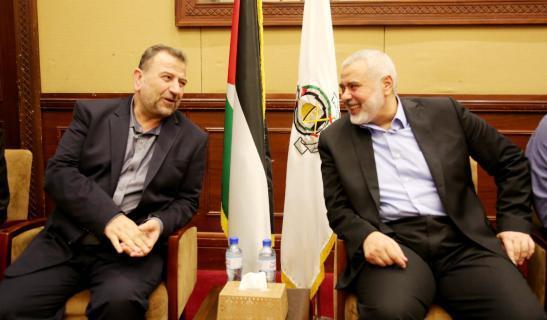 كشف تفاصيل اجتماع هام بين قيادتي حماس وكتائب القسام في غزة