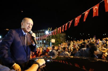 """أردوغان تعليقا على أسعار الليرة: """"لنا ربنا ولهم دولاراتهم"""""""