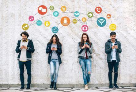 كيف تستخدم منصات التواصل لجذب الجمهور لمدونتك؟