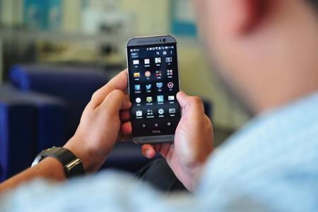 7 علامات إذا لاحظتها في هاتفك الذكي فاعلم أنه يتجسس عليك