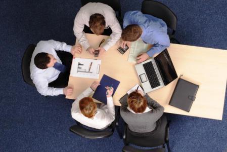 الشركات الصغيرة أفضل.. لماذا عليك الاكتفاء بعدد قليل من الموظفين؟