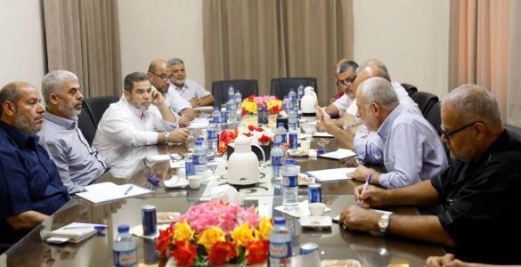 حماس تلتقي قادة فصائل المقاومة بغزة وتجتمع مع الجهاد والمبادرة الوطنية