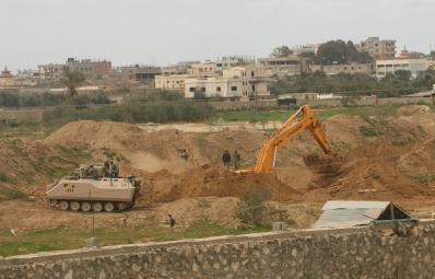 توغل الاحتلال الاسرائيلي شرق غزة
