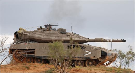 """إطلاق نار من دبابة """"إسرائيلية"""" تجاه متظاهرين شرق البريج"""