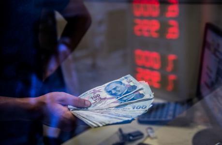 وزير المالية التركي: لا نية لطلب الدعم من صندق النقد