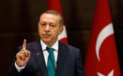 ردًا على القرار الأمريكي.. أردوغان يجمد أصول وزيرين أمريكيين في تركيا