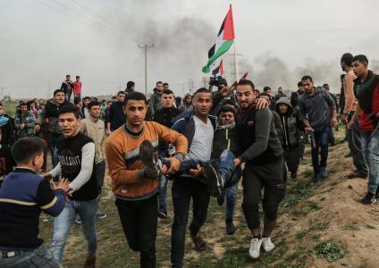 اصابة العشرات برصاص الاحتلال شرق غزة