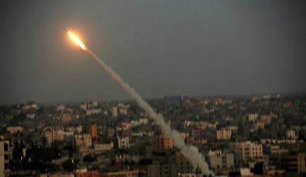 """الحسيني: حماس تحقق مع مجموعة تابعة لفتح حول """"صاروخ السبع"""""""