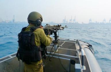 بحرية قوات الاحتلال تعتقل صيادين في بحر شمال غزة