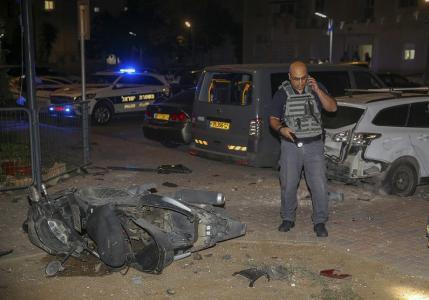 إصابة 4 جنود إسرائيليين بصواريخ أطلقت من غزة