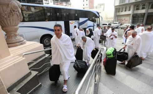 ادعيس يبحث مع أصحاب الشركات تسيير رحلات عمرة من قطاع غزة