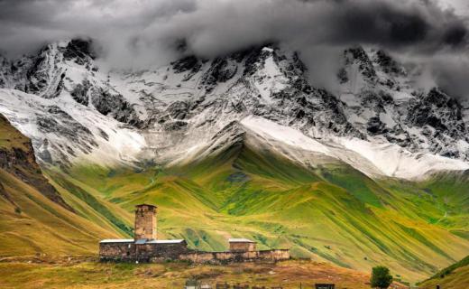 سفانيتيا.. المزيج الساحر بين التاريخ والطبيعة الجبلية