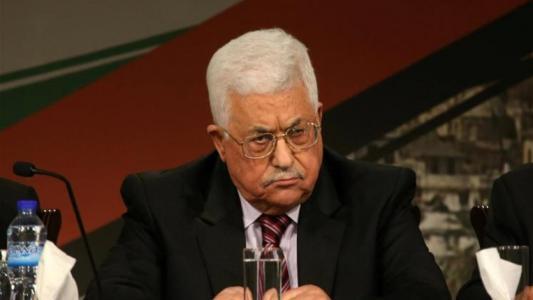 كاتب إسرائيلي : غدرنا بمحمود عباس وخذلناه وأخطأنا بحقه