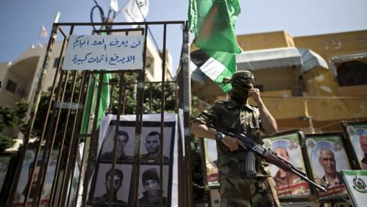 """حماس تؤكد أن """"إسرائيل"""" لن ترى جنودها ما لم تدفع الثمن"""