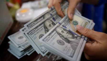 الليرة التركية ترتفع أمام الدولار
