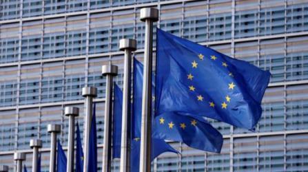 الاتحاد الأوروبي ينفي تهديده بقطع المساعدات للسلطة