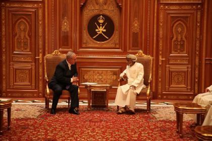 وزير الخارجية العُماني: إسرائيل دولة موجودة في المنطقة