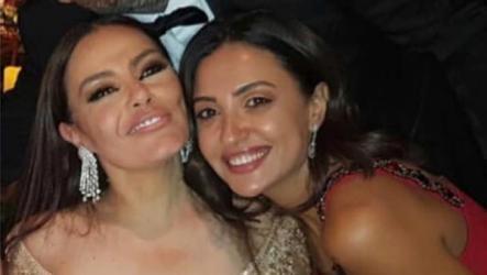 شريهان تبهر جمهورها بجمالها في حفل زفاف شيماء سيف