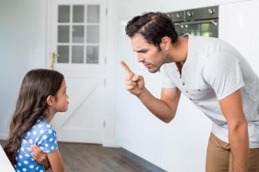 إجبار طفلك على مواجهة مخاوفه يساعده أم يؤذيه؟