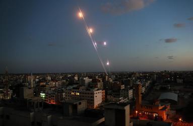 شاهد.. الاحتلال: إطلاق رشقة صواريخ من غزة تجاه المستوطنات