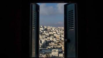 إغلاق النوافذ طوال اليوم.. ماذا يفعل بصحة الإنسان؟