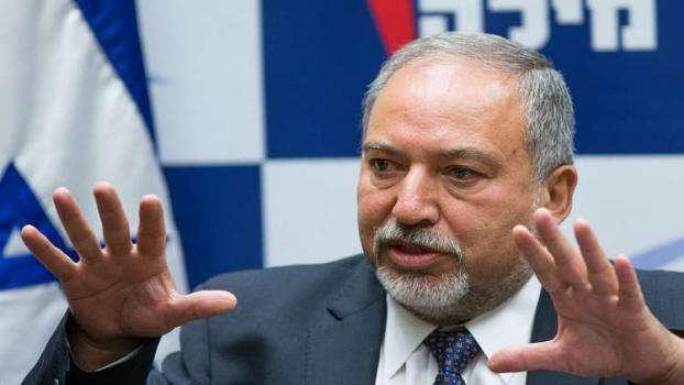 """ليبرمان يهاجم حزب """"البيت اليهودي"""" بسبب منفذي العمليات"""
