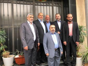 موقع يكشف نتائج زيارة حماس الأخيرة لمصر.. ما شرط أبومازن؟