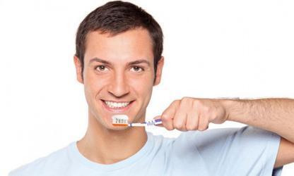 هل نسيان غسل أسنانك اليوم يصيبك بالتسوس فورا؟