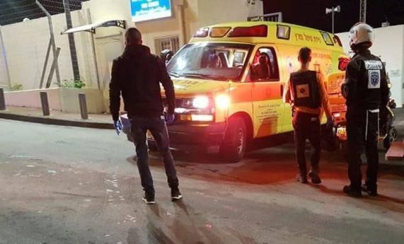 إصابة فلسطيني وشرطيين إسرائيليين بعملية طعن في القدس