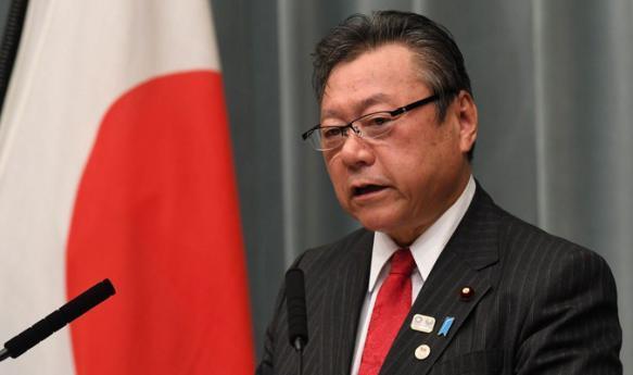 اليابان.. وزير أمن إلكتروني لم يستخدم الكمبيوتر قط