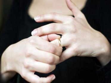 طلاق امرأة تركية لسبب غريب