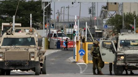 الاحتلال ينصب حواجز عسكرية ويعيق حركة المواطنين في جنين