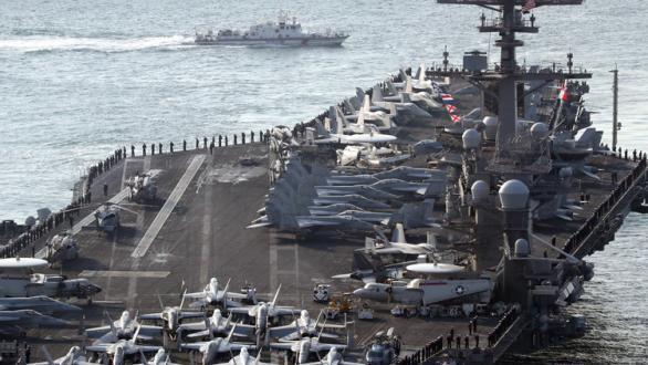 حاملات الطائرات أم الغواصات.. أيهما هو السلاح البحري الأفضل؟