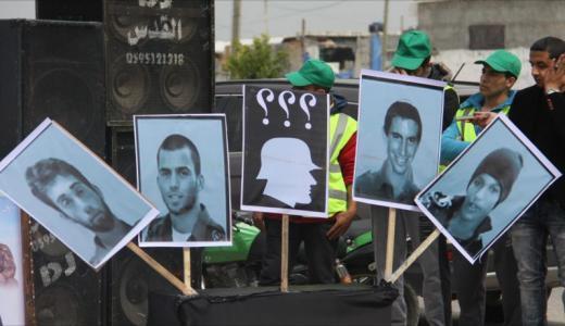 موقع قطري: إسرائيل توافق على إطلاق سراح الأسرى الذين تم إعادة اعتقالهم بعد صفقة شاليط