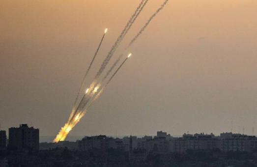 6 إصابات إحداها خطيرة بقصف المقاومة الفلسطينية مستوطنات غلاف غزة