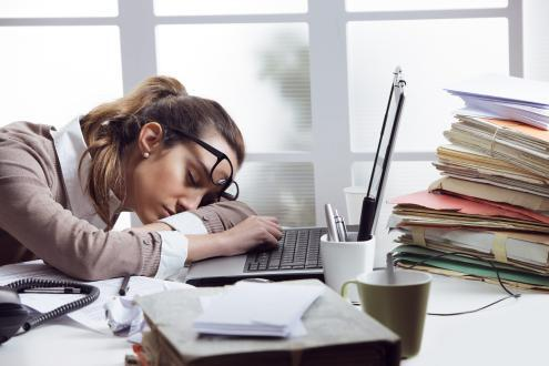 دراسة: الإجهاد الرقمي يؤثر سلبا على الموظفين.. وهذا هو السبب