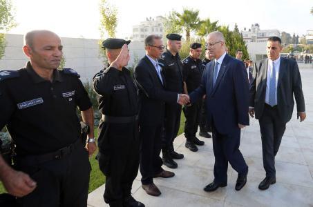 الحمد الله يترأس إجتماع أمني مع مدراء المؤسسة الأمنية في نابلس