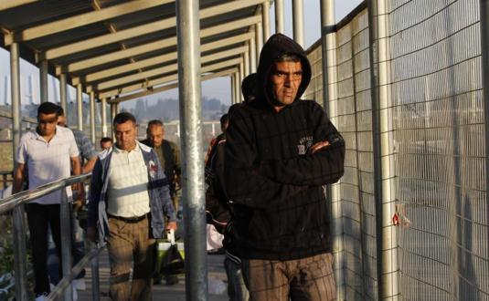 عمال غزة على معبر بيت حانون / إيرز (أرشيفية)
