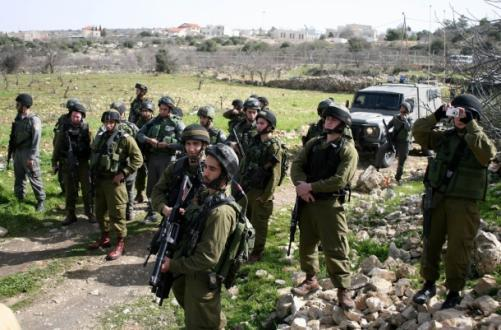 الاحتلال يقتحم مخيم شعفاط مجددا وينكل بالمواطنين